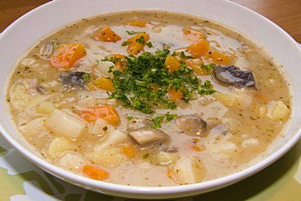 Domácí bramborová polévka