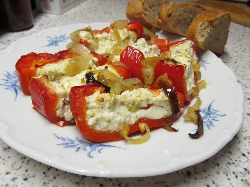 Grilované papriky s balkánským sýrem
