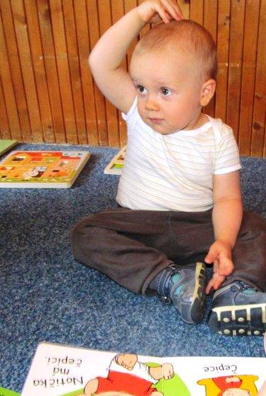 Díky znakování Baby Signs se s dítětem domluvíte dřív, než začne mluvit