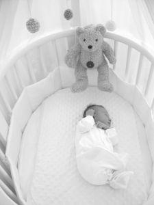 Jak vybrat správnou postýlku pro dítě