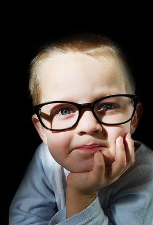 Tupozrakost u dětí - její příznaky a léčba