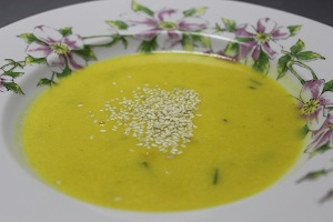 Dýňová polévka s kari
