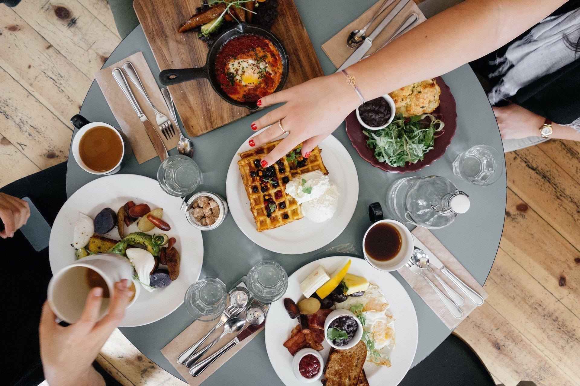 Už si nevíte rady, co dětem přichystat k snídani? Zkuste tyto chutné a zdravé recepty!